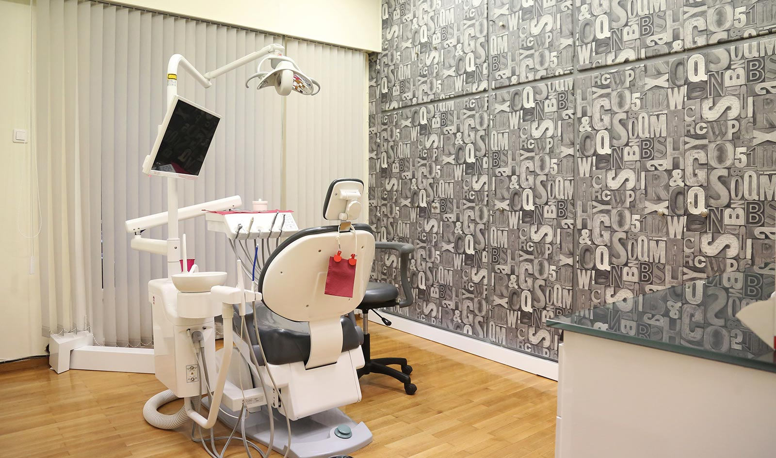 dentalsmiles-dental-clinic15