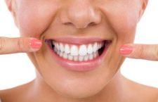 Αποτριβή Δοντιών: Μπορεί το Βούρτσισμα να γίνει Επιβλαβές;